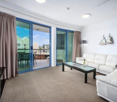 23-alexandra-headland-holiday-accommodation-2